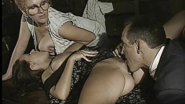 - سکس خواهر و برادر کوچک درس کاندوم گام-sis